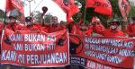 PDIP Demo Tuntut Pelaku Pembakar Bendera Ditangkap