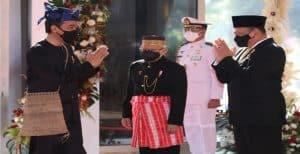 Alasan Jokowi Pakai Pakaian Adat Suku Baduy